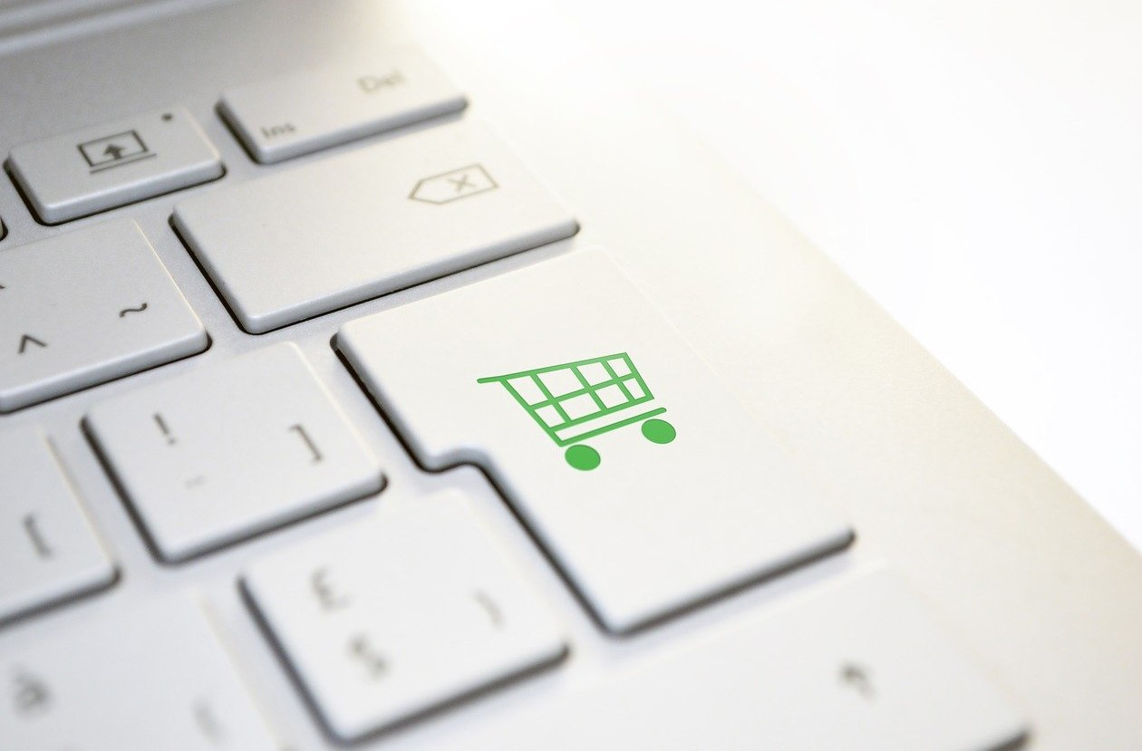 Tout savoir sur le commerce physique et en ligne
